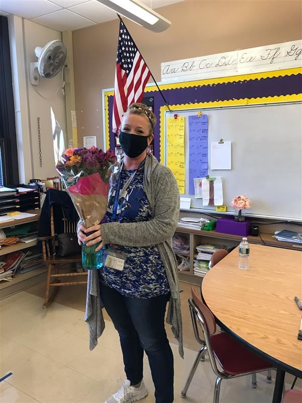 Our Teacher of the Year is Mrs. Jennifer Smits! Congratulations we at Robert Hunter are so grateful for EVERYTHING you do!